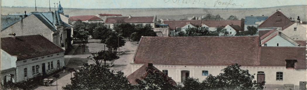 Náměstí, 1920